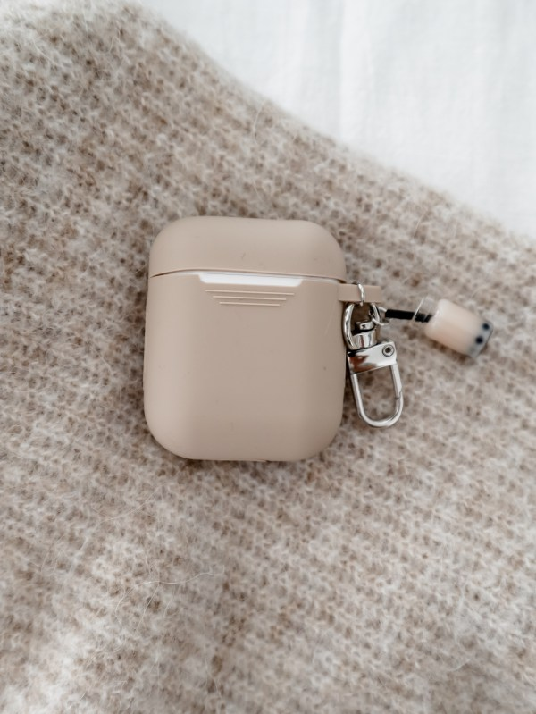 airpodnudecase1 minimalist cosy relax aesthetic