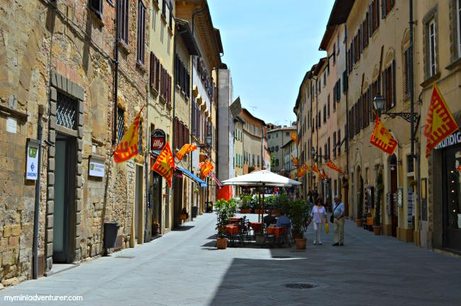 Volterra street 2
