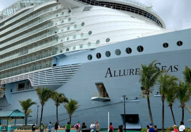 Cruise on Royal Caribbean's Allure