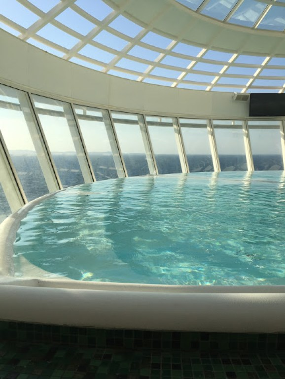 infinity hot tub on allure of the seas cruise ship