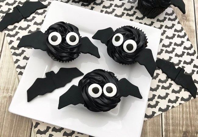 Chocolate Bat Cupcakes