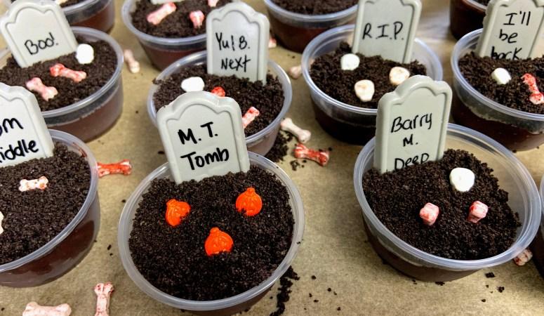 Spooky Graveyard Dirt Pudding Shots