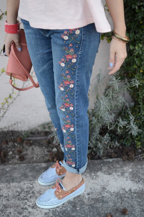 pilcro-hyphen-mid-rise-embroidered-jeans-anthropologies-pans-myminiland-1