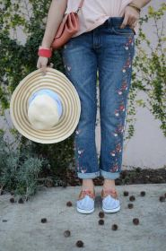 pilcro-hyphen-mid-rise-embroidered-jeans-anthropologies-pans-myminiland-3