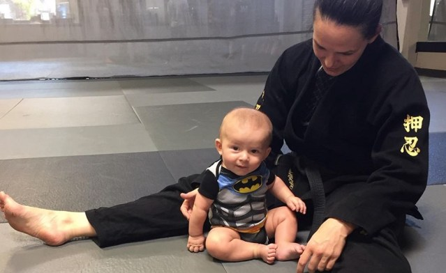 Alexis Davis returns to UFC octagon for first time since becoming a mom
