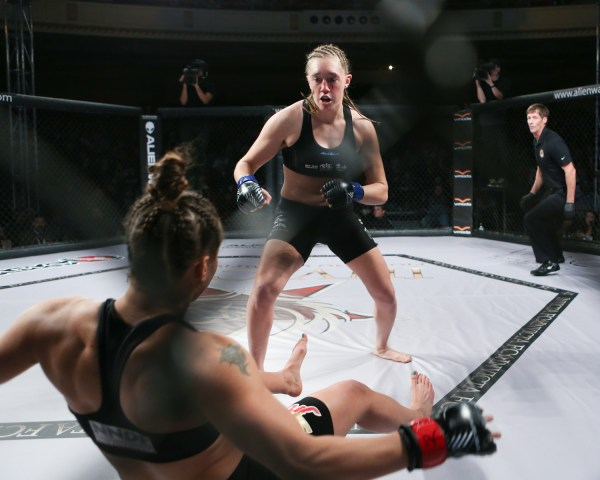 Loophole allows Elizabeth Phillips to compete 20 days after Invicta FC 21 knockout