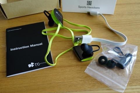 防汗 Bluetooth4.1 軽量スポーツイヤホン EC Technology 付属品などの説明