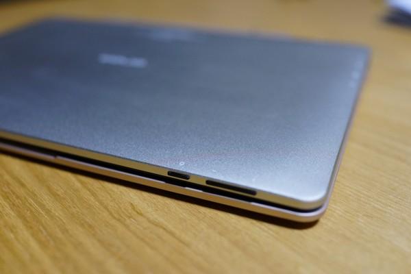 Onda OBook10 Ultrabook Tablet PC レビュー 電源の位置