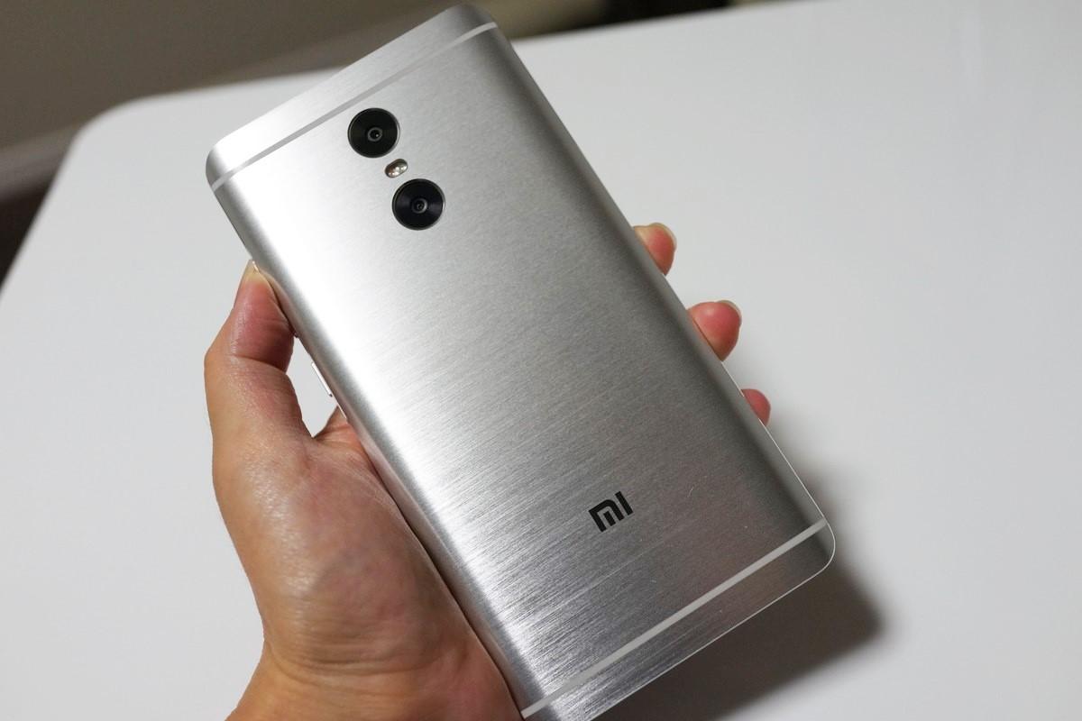 Xiaomi Redmi Pro レビュー 外観参考写真