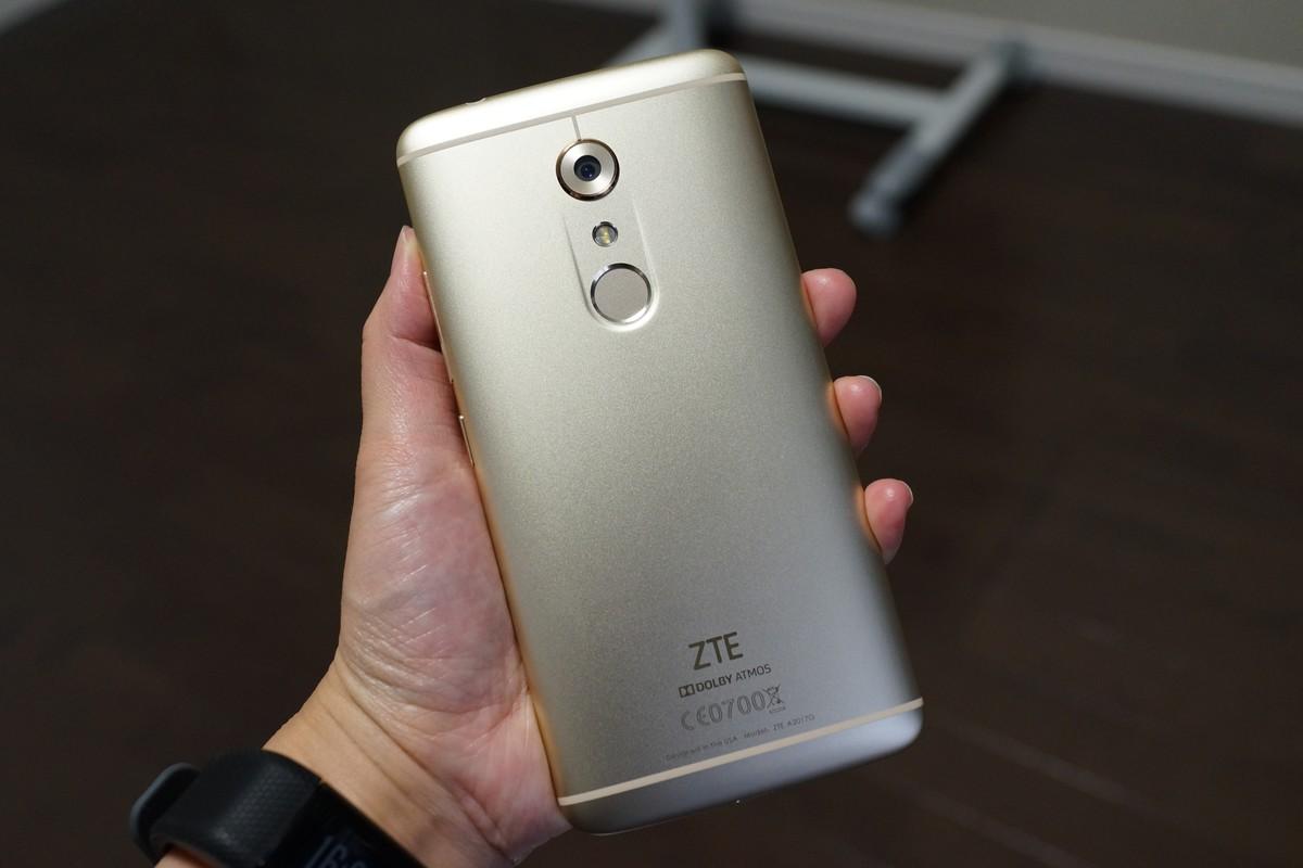 ZTE AXON 7 実機レビュー 技適有りでDSDS、超高画質カメラ搭載!