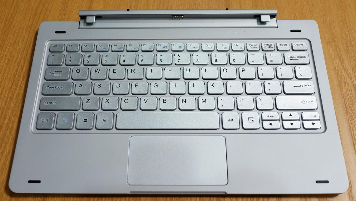 Teclast Tbook 16 Proの専用キーボード