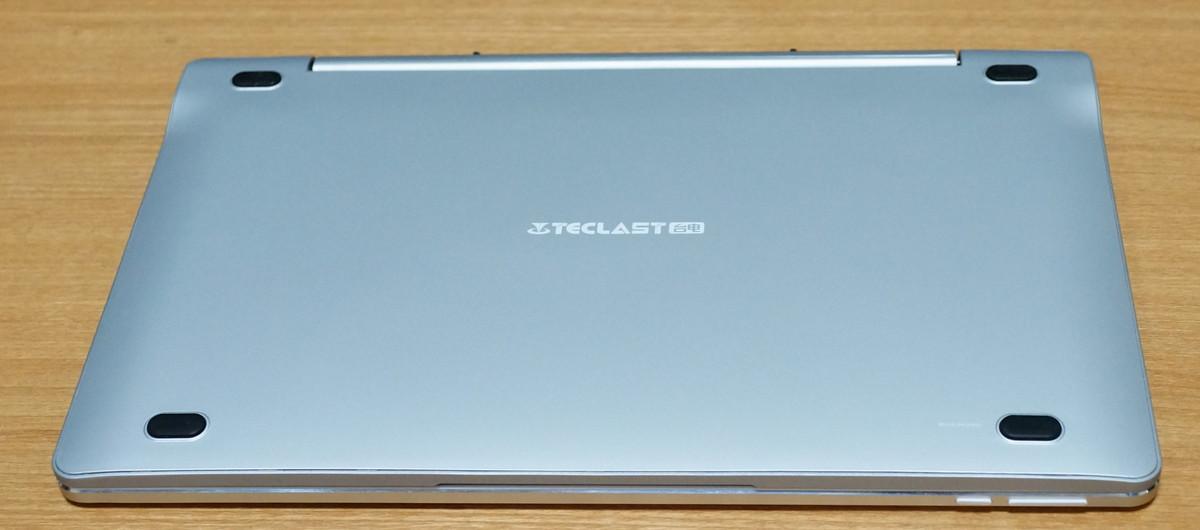 Teclast Tbook 16 Proの専用キーボードの裏側の写真