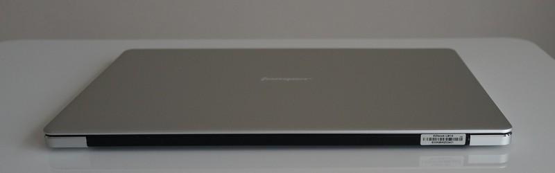 Jumper EZbook 3 Pro レビュー 外観参考写真 背面の写真