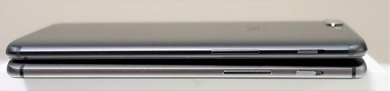 OnePlus 5 実機レビュー  OnePlus 5 と OnePlus 3Tの外観の違い 側面の画像
