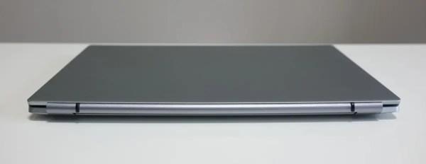 ALLDOCUBE i7Book レビュー 背面
