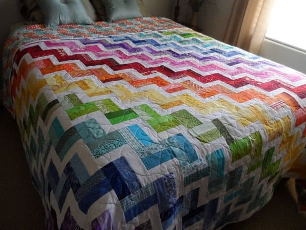 18 Beautiful Decorating Modern Quilts - Modern Home