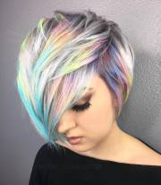 holographic hair trends adds metallic