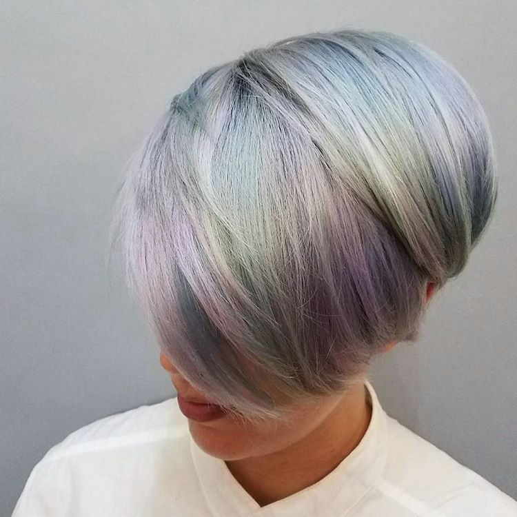 Holographic Hair Trends Adds Metallic Shine To Ordinary Locks