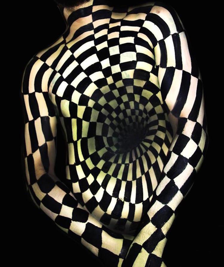 3D Illusion Body Painting