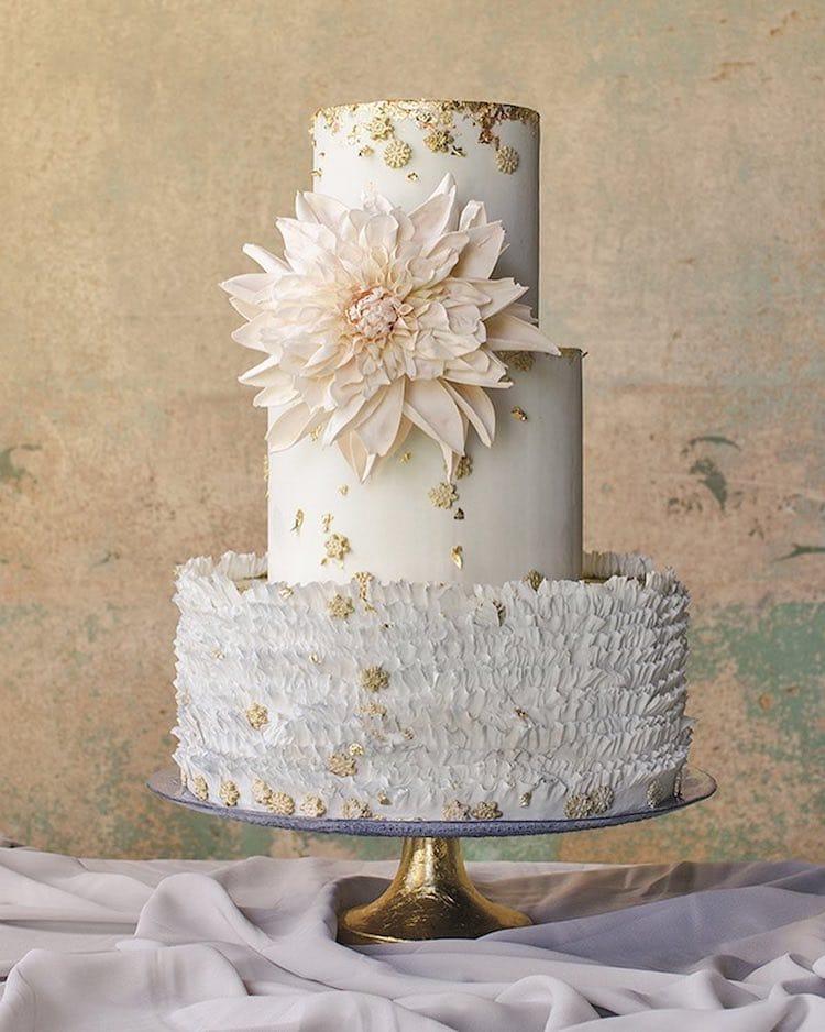 LifeLike Sugar Flowers Turn Towering Cakes Into Blooming Bouquets
