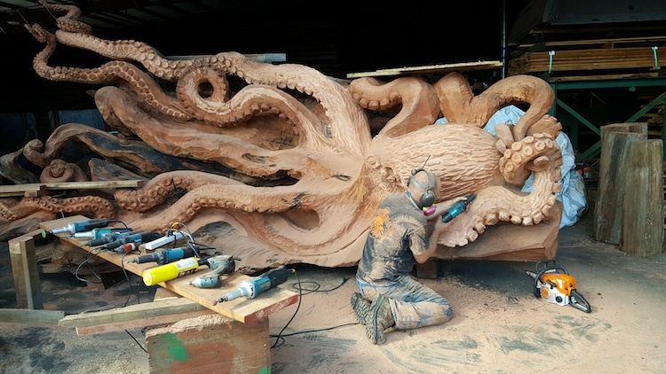 Incredible Octopus Art Created Through Chainsaw Carving