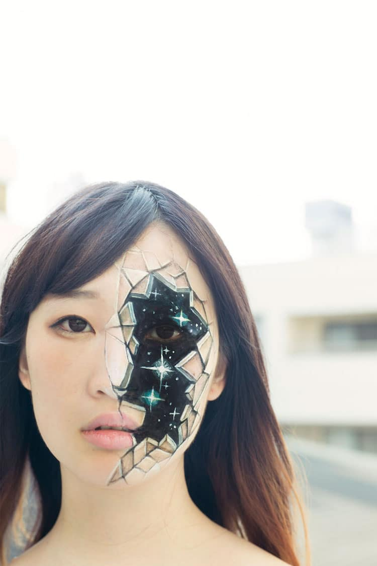 Illusion Makeup Tricks Put A Unique Spin On Optical Illusion Art