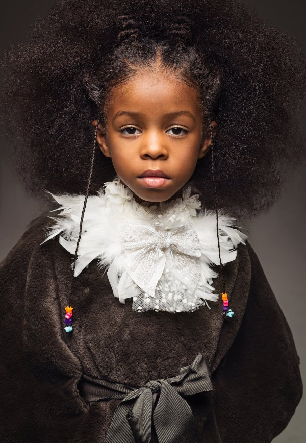 High-fashion Afro Art Shows Portraits Of Girls Rocking