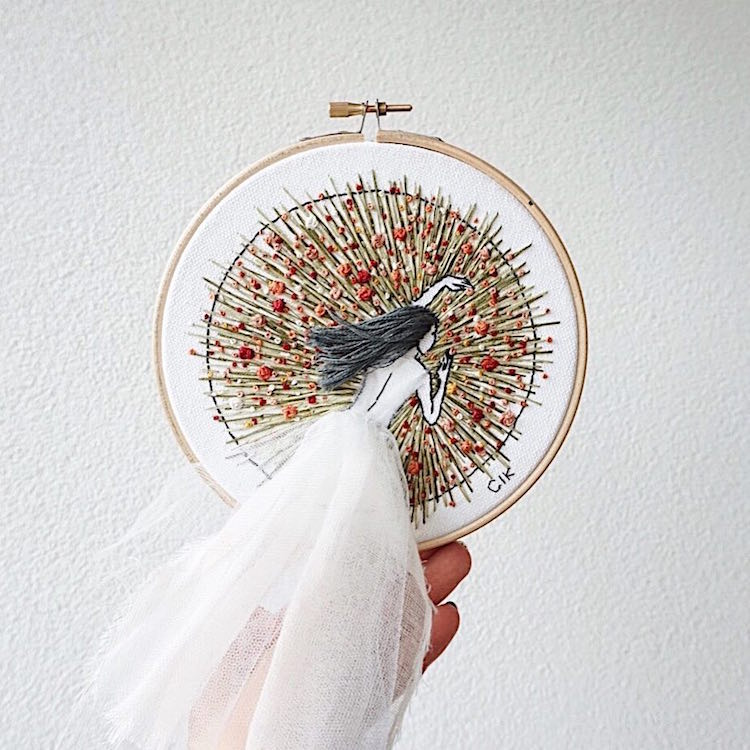 3d embroidery designs feature