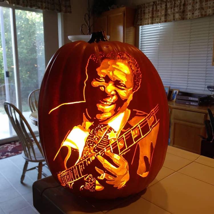 Pumpkin Carving by Alex Wer The Pumpkin Geek