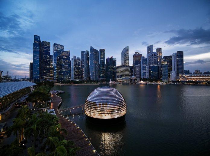Apple Store - Marina Bay Singapore - Foster + Partners