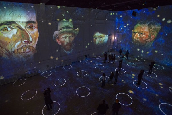 Immersive Van Gogh Exhibition Chicago