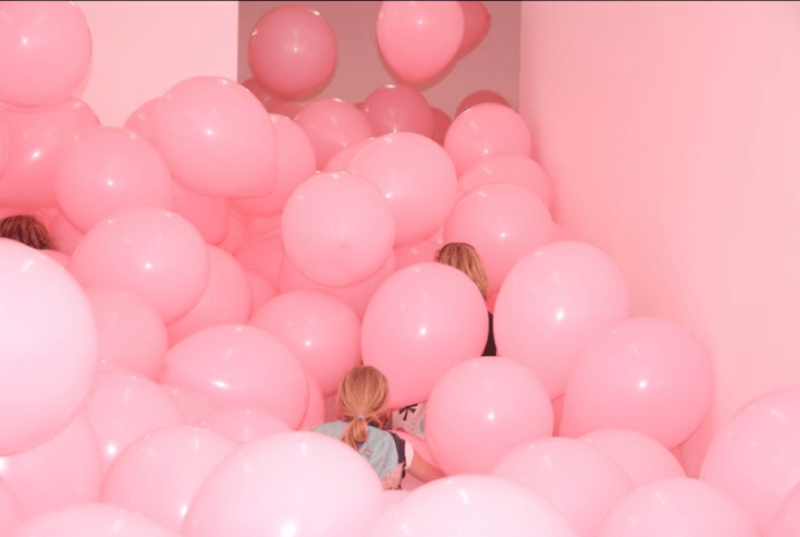 Cute Girly Glitter Wallpaper Massive Balloon Filled Rooms Turn Adults Into Kids Again