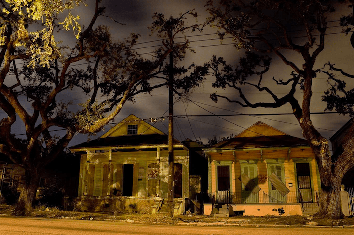 New Orleans Architecture at Night Tells the Stories of the