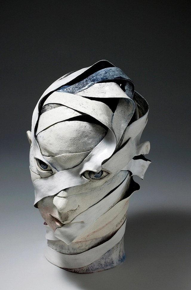 Surreal Ceramic Sculptures That Look Like Unraveling Ribbons