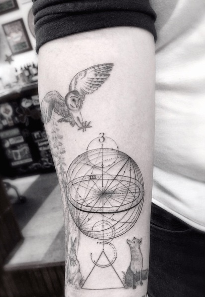 geometric fine line tattoos