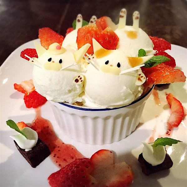 Cute Dessert Wallpaper Adorable Cat Parfaits Are Served At This Traditional