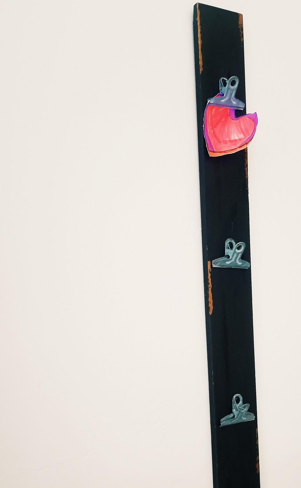 clip hanger for displaying kid arwork