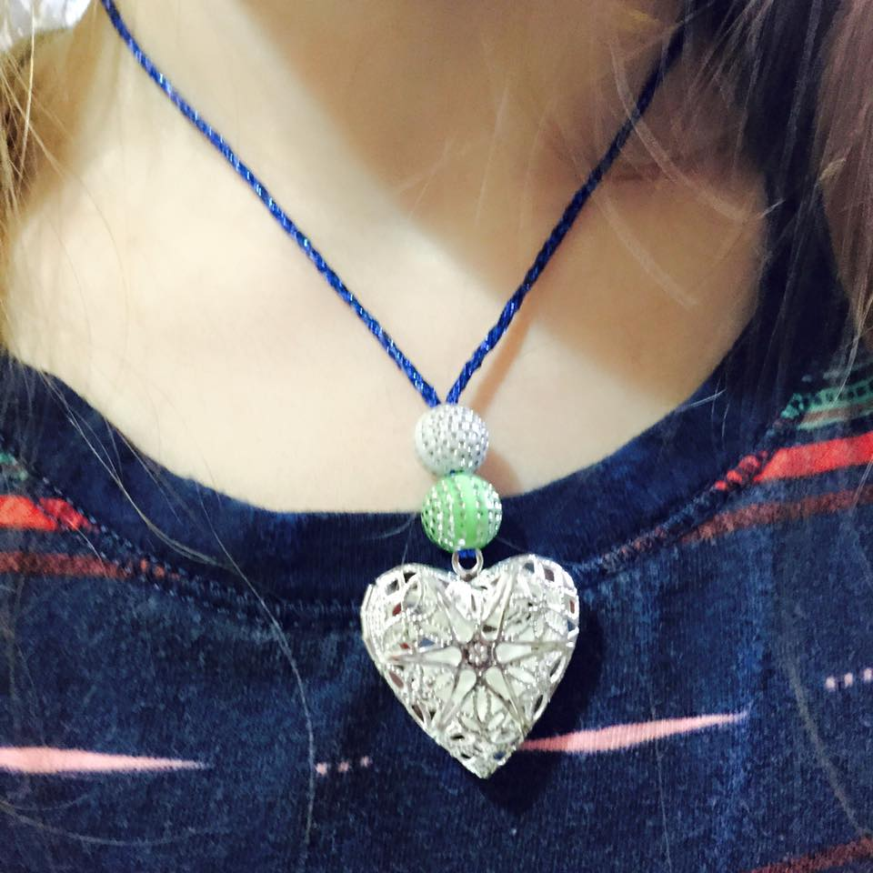 Diffuser Homemade Necklace On Kid