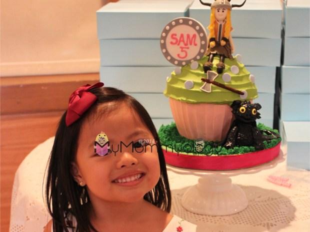 Cake vision c/o Sam, execution c/o Cupcakes by Sonja.
