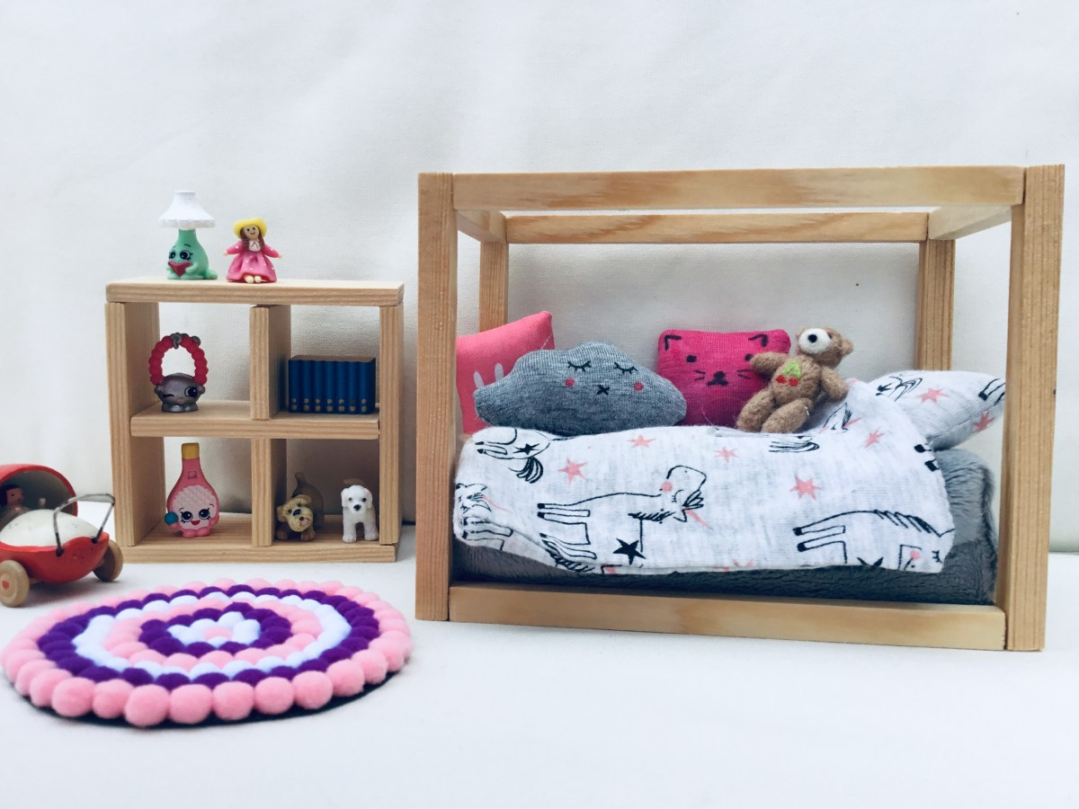 Dolls House Bed and Storage Cube: DIY Instructions