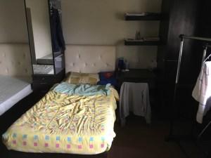 room-monol-bed-desk