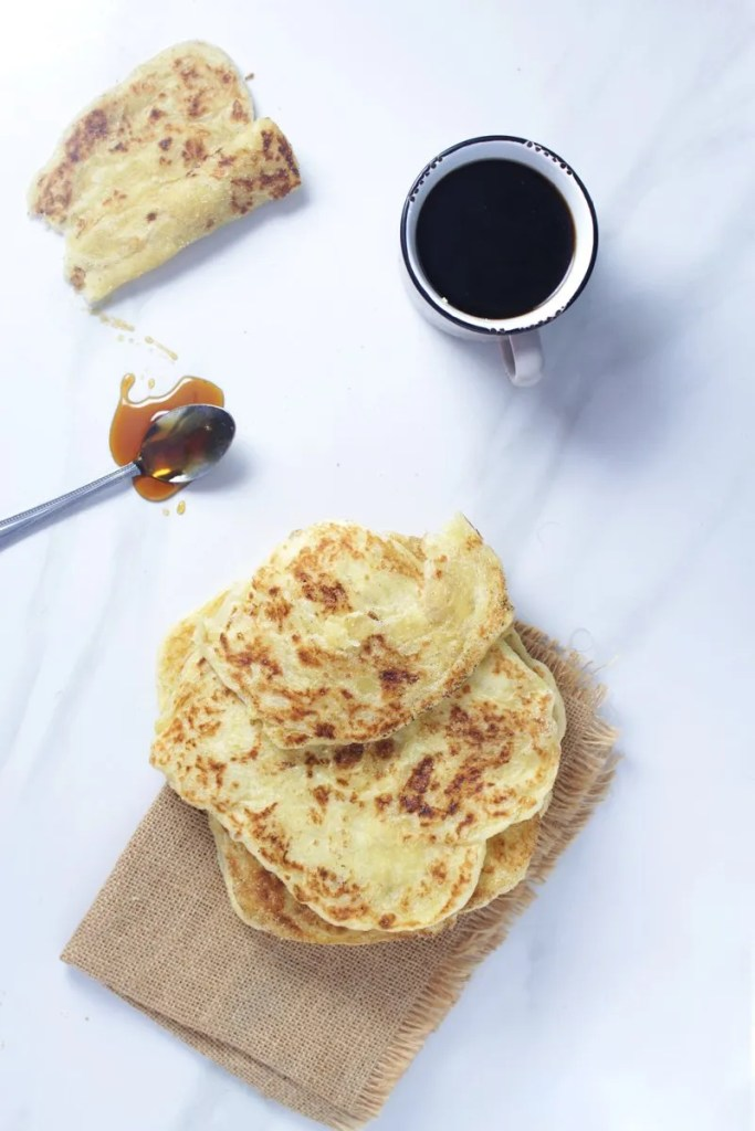 How to Make Moroccan Meloui | A.K.A Msmen or Rghaif - Think of this as a flaky sweet and savoury pancake. #morocco #moroccan #moroccanrecipe #meloui #moroccan food