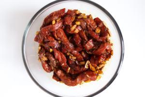 Crispy-Beef-Marinating