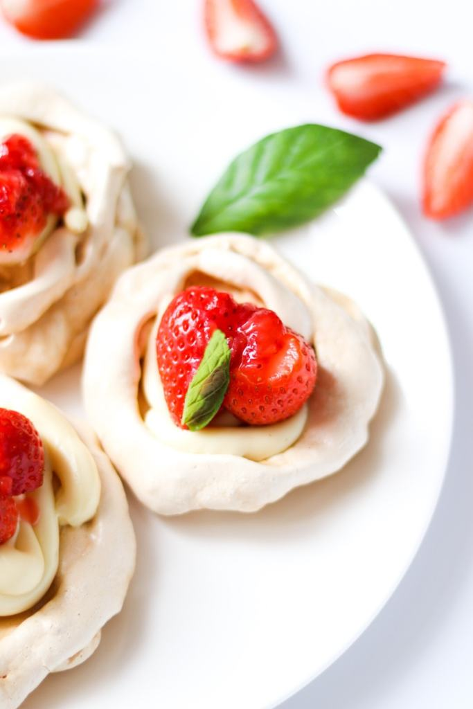 Showstopper dessert on a plate using this quick meringue nest recipe.