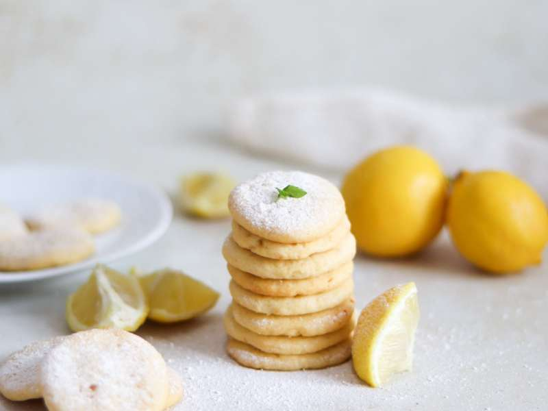 How to make lemon biscuits