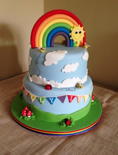 Rainbow and bunting cake