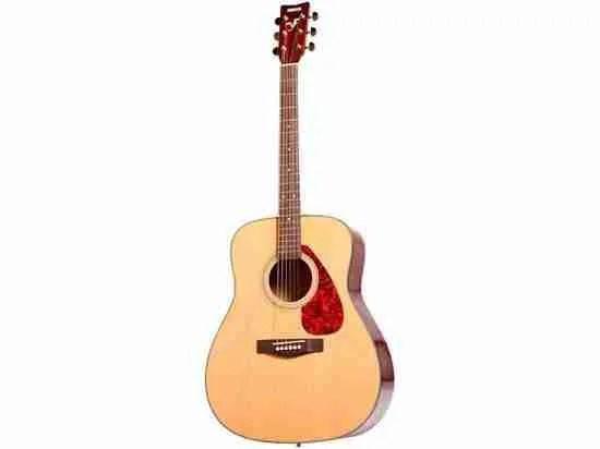Yamaha F335 natural acoustic guitar