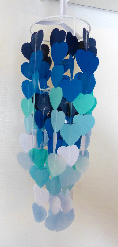 abat jour de papier forme coeurs