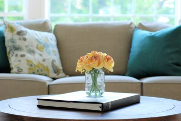 Picture of coffee table with yellow roses