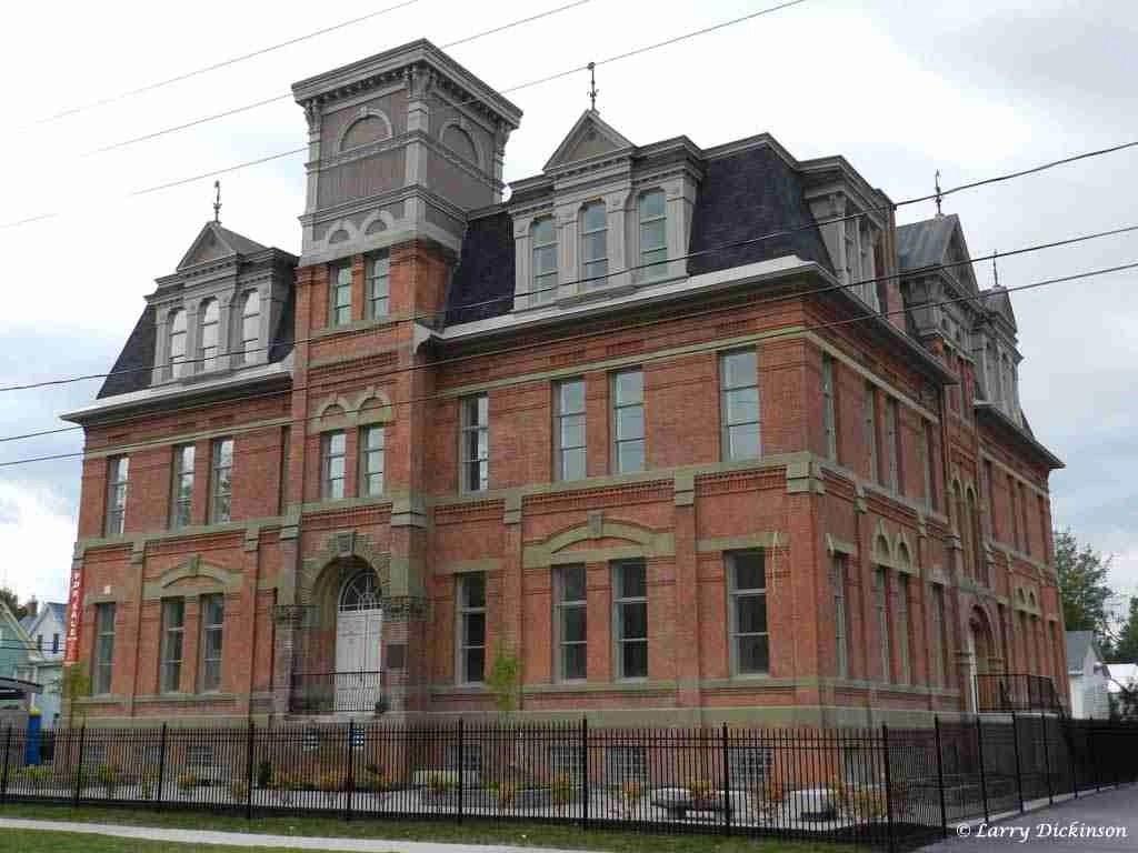 Old Fredericton High School (York House)